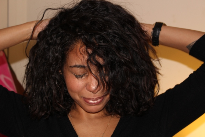 #CurlyHairTalk The Deception of Dominican Hair Salons (in regards to natural curly hair).
